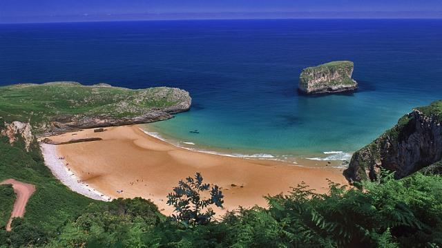 En el Oriente de Asturias, la playa más bonita del mundo